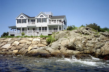 oceanfront home in Maine